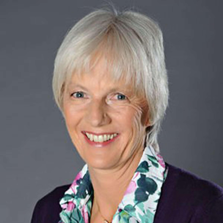 Clare Byam Cook, Stillexpertin, Portraitbild