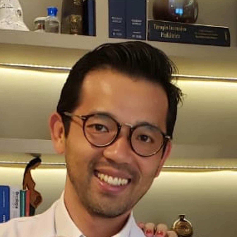 Dr. Sasaoka, Portraitbild
